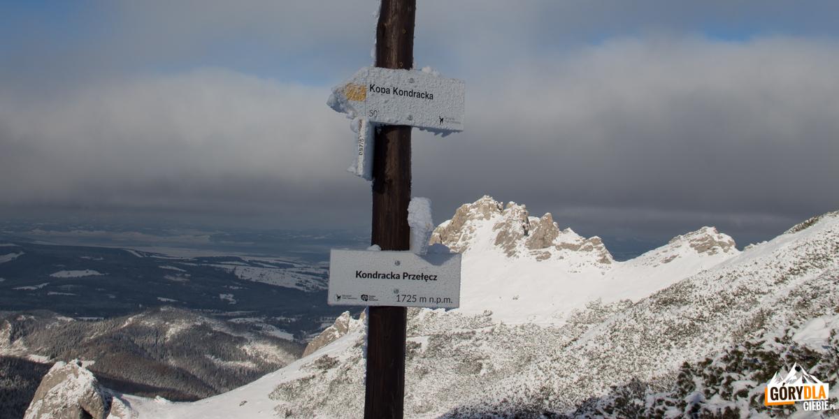 Kondracka Przełęcz (1725 m)