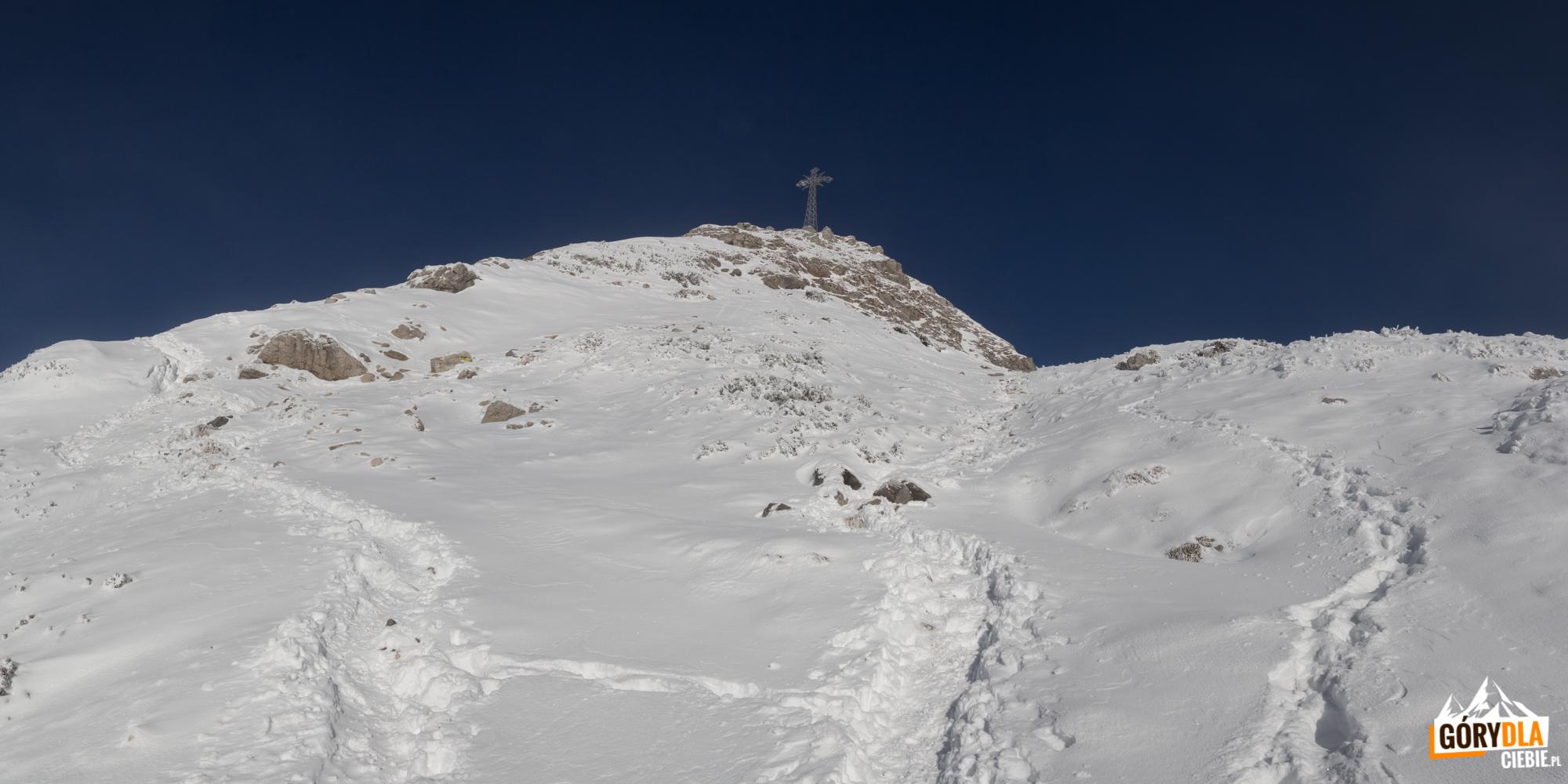 Widok na Giewont z Wyżniej Kondrackiej Przełęczy (1765 m)