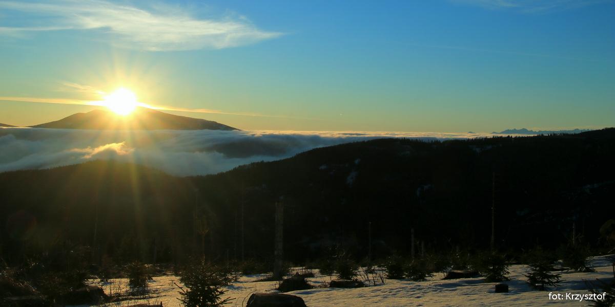 Wschód słońca na Kotarnicy, zdj. Krzysztof R.