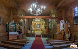 Wnętrze kościoła w Sękowej pod wezwaniem św. Filipa i św. Jakuba