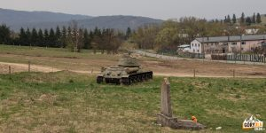 Czołg we wsi Kapišová.