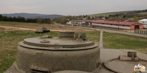 Czołgi we wsi Kapišová.