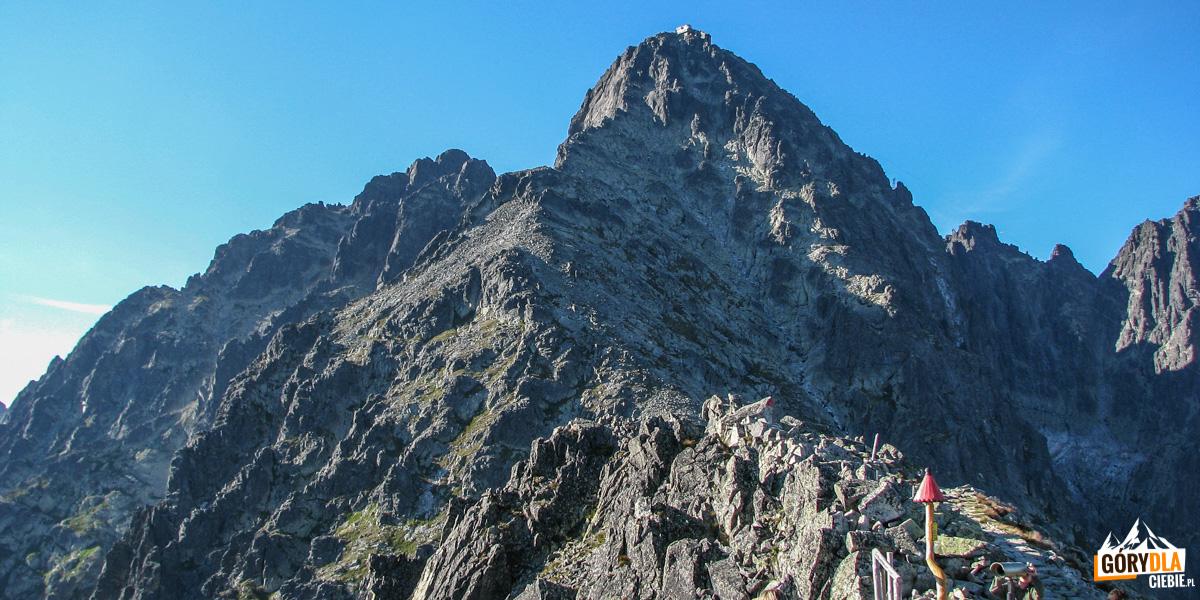 Łomnica widziana z Przełęczy Łomnickiej (2189 m)