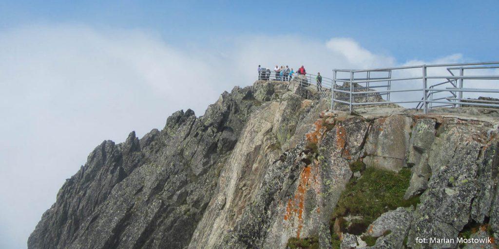 Galerie widokowe na szczycie Łomnicy (2 634 m)