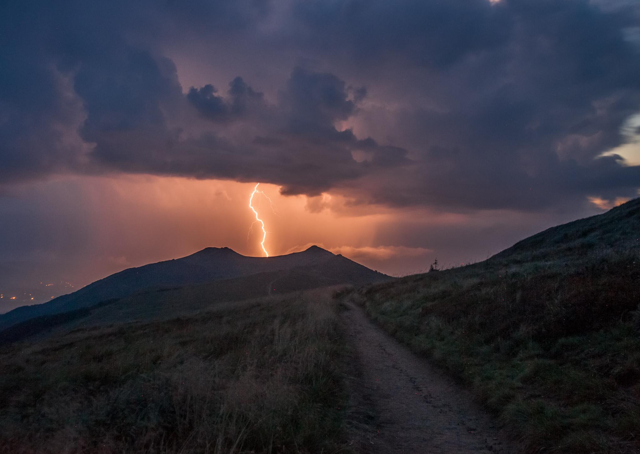 Burza przy Chatce Puchatka, zdj. Szymon Ziemba Fotografia
