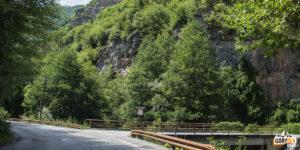 Tu trzeba skręcić w prawo w dolinę potoku Nichpur