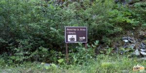 Droga do wsi Brodec i Monastyru sw. Pietka
