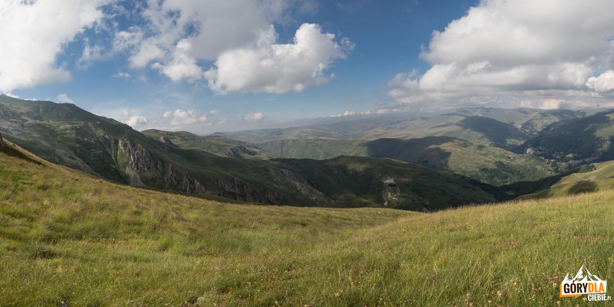 Ostatnie panoramy przed zejściem w doliny