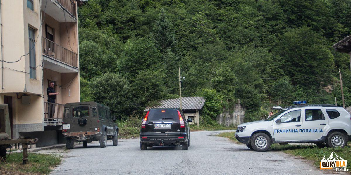 Posterunek Policji Granicznej w dolinie Nichpur