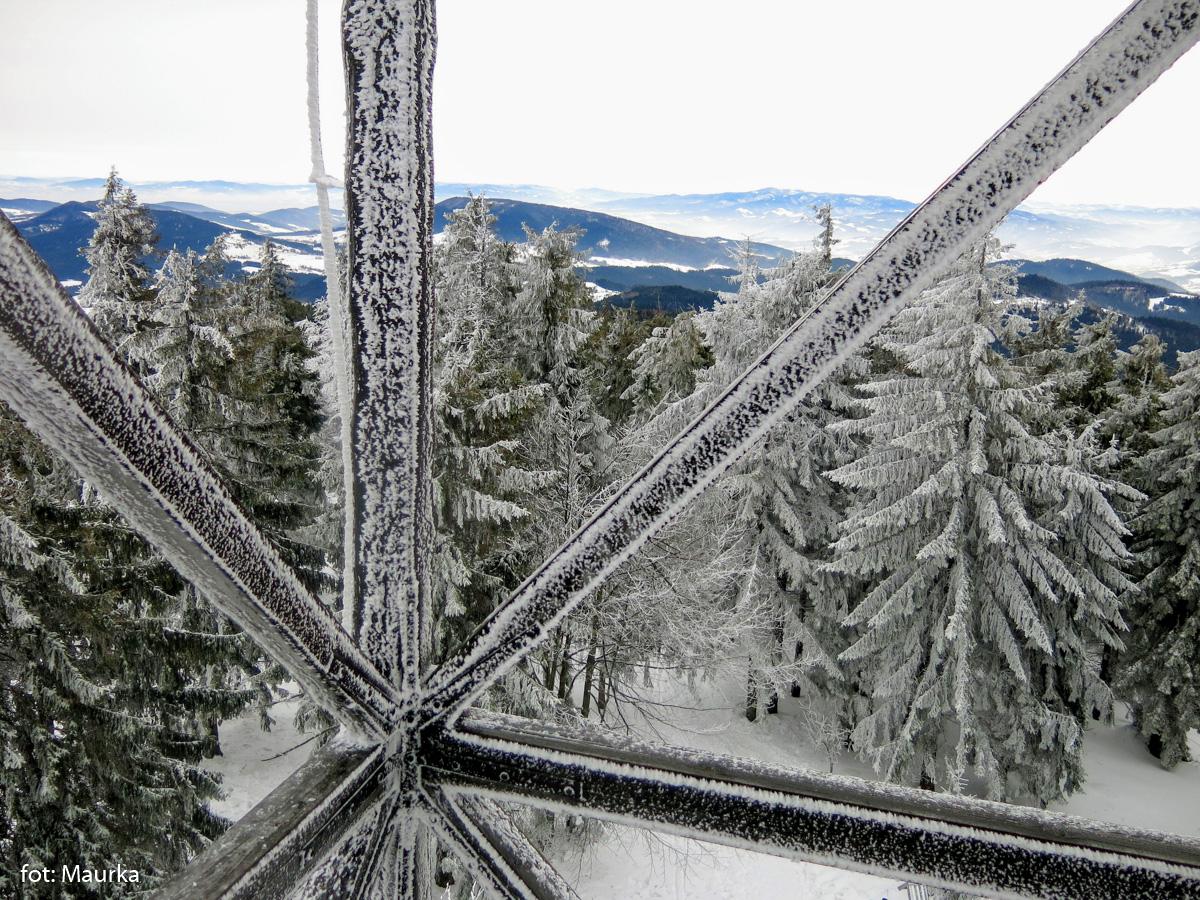 Widoki z wieży widokowej na Mogielicy, zdj. Maurka