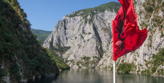 Jezioro koman