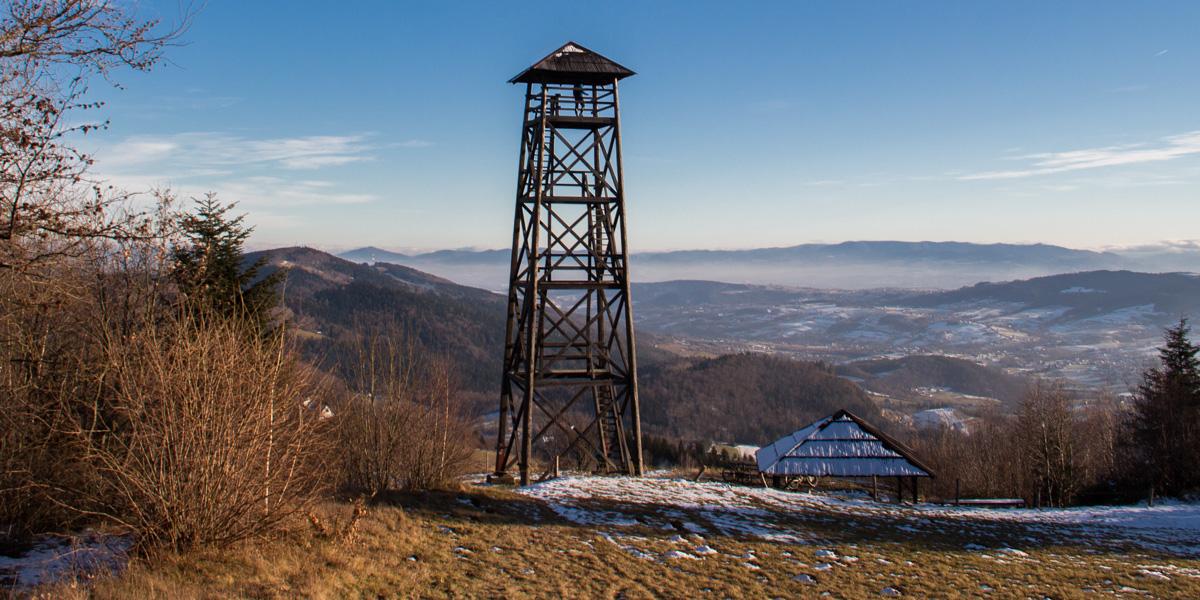 Wieża widokowa pod szczytem Jaworza