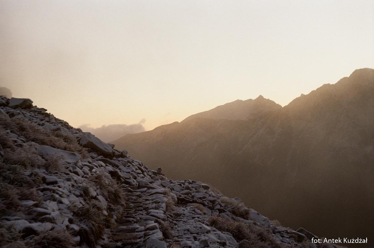 """Ścieżka """"Ceprostrady"""" na Szpiglasową Przełęcz"""